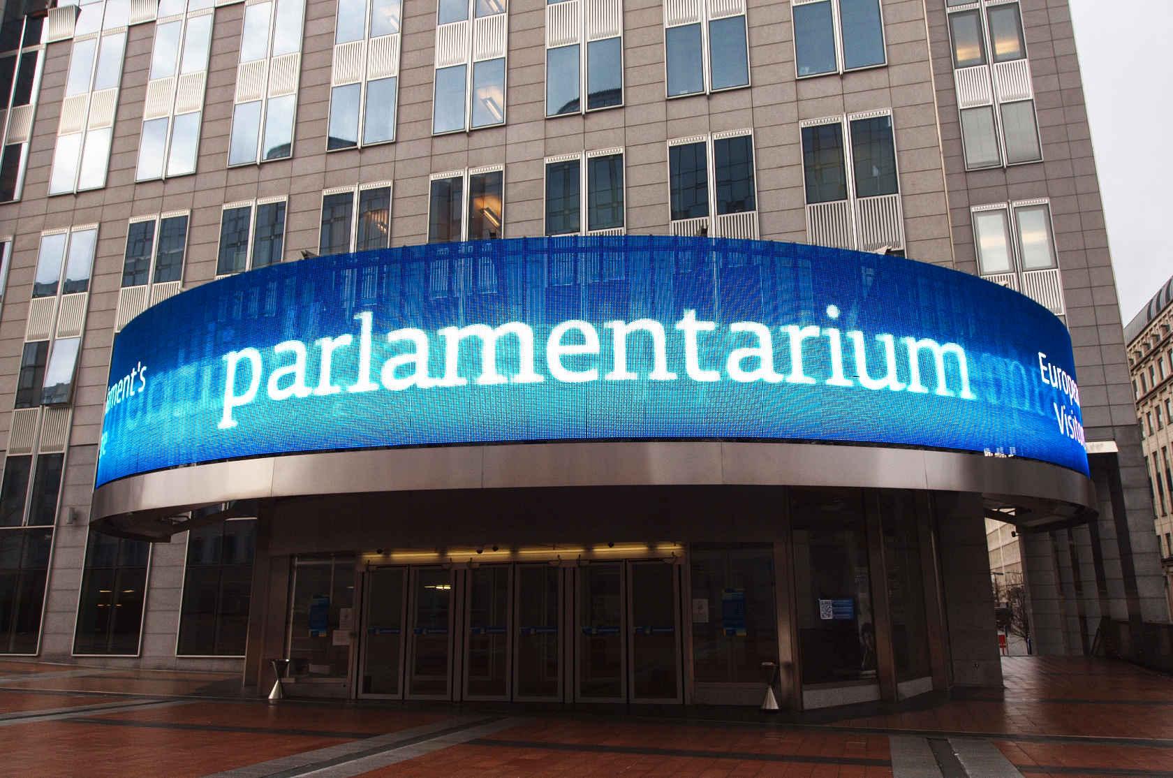 Parlamenterium 1